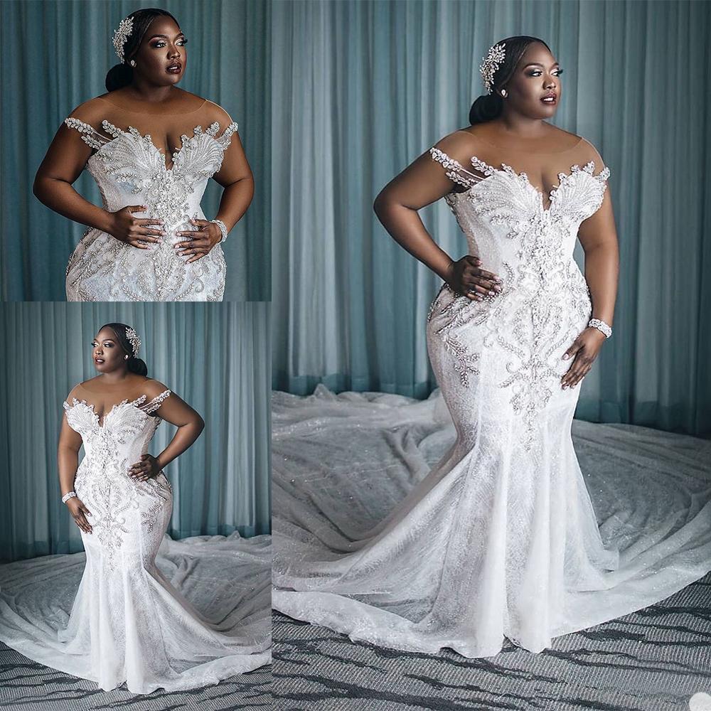 Charming Plus Size Mermaid Spitze Brautkleider Perlen Sheer Bateau Hals Pailletten Brautkleider Gericht Zug Robe de Mariée