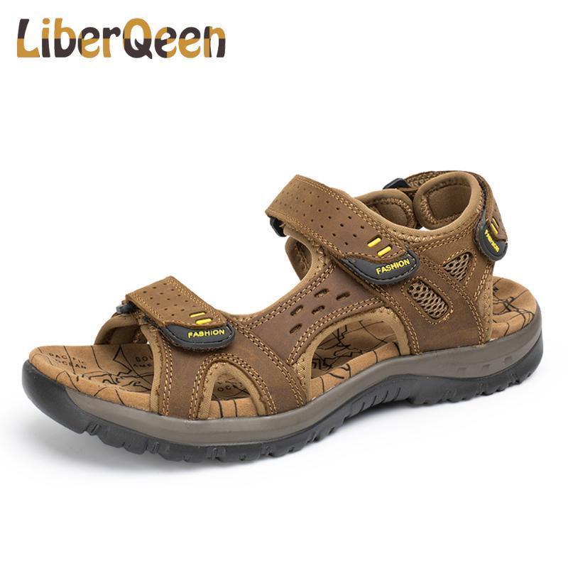 Heißer Verkaufs-neue Art und Weise Sommer-Freizeit-Strand-Mann-Schuhe Qualitäts-Leder-Sandalen The Big Yards Männer Sandalen Größe 38