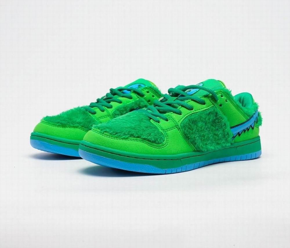 nuevo estilo suave y cómodo pies SB Dunk hombre zapatos del patín las mujeres zapatillas de deporte al aire libre de los diseñadores de zapatillas para correr