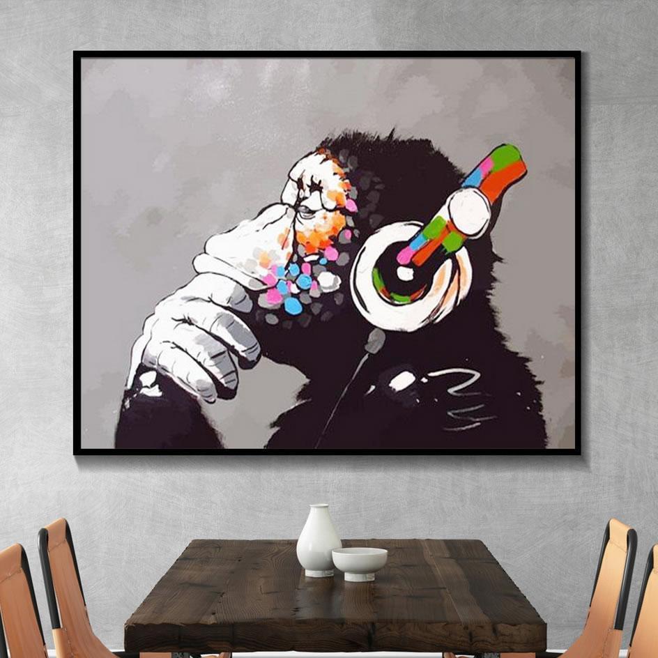 Banksy scimmia con le cuffie arte della parete Pitture Tela Olio colorato Chimp l'ascolto di musica Auricolari murale Art Street Art Graffiti Poster