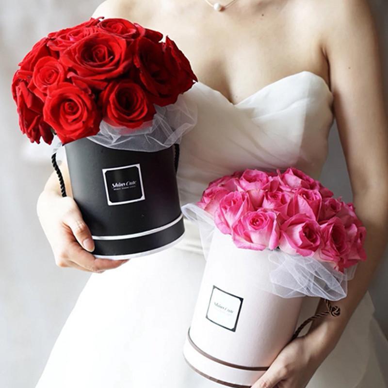 1шт 14X18cm круглый цветок бумажные коробки Крышка Hug Флорист Цветок Bucket Упаковка для подарков Box Candy Bar Party свадебный подарок Коробки для хранения