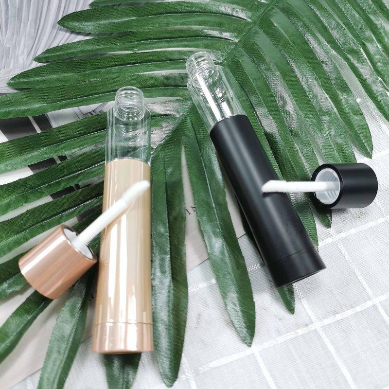50 PC / Los 2.5 ML Lip Gloss Lippenstift Tubes Black Gold leeren kosmetischer Behälter Doppel-End-Make-up Lip Gloss Container mit Pinsel