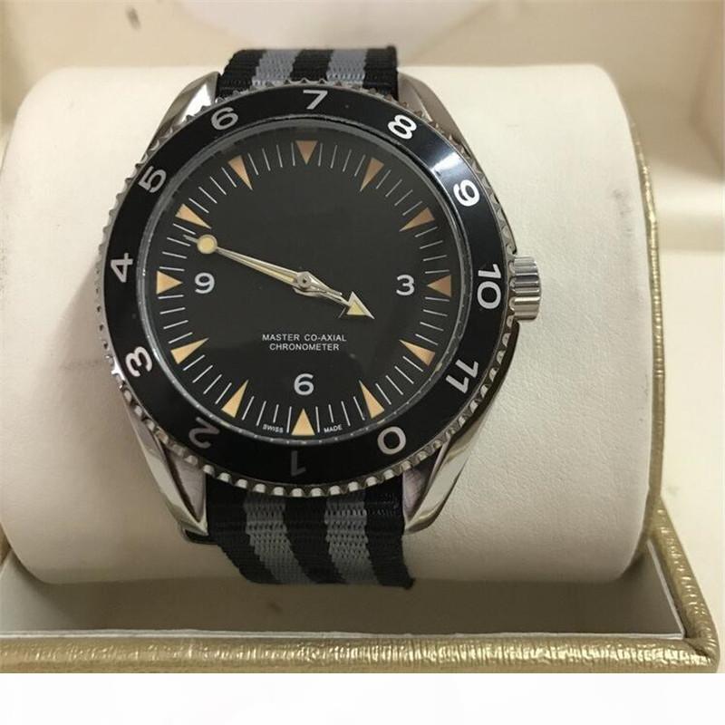 Hot Sell Hig Quality Man Classic Orologio di lusso di lusso dell'acciaio inossidabile della vigilanza Orologio automatico Nuovo Orologio sport maschio orologio di moda