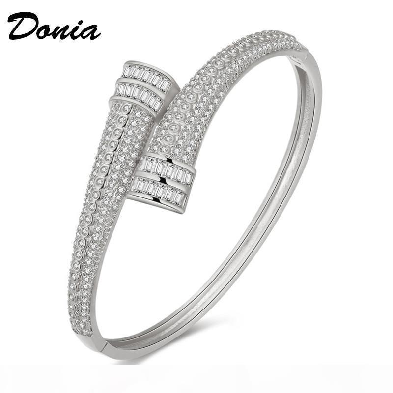 gioielli Donia due colori moda galvanica esagerazione micro intarsio zircone personalità braccialetto registrabile disegno geometrico nascita del partito