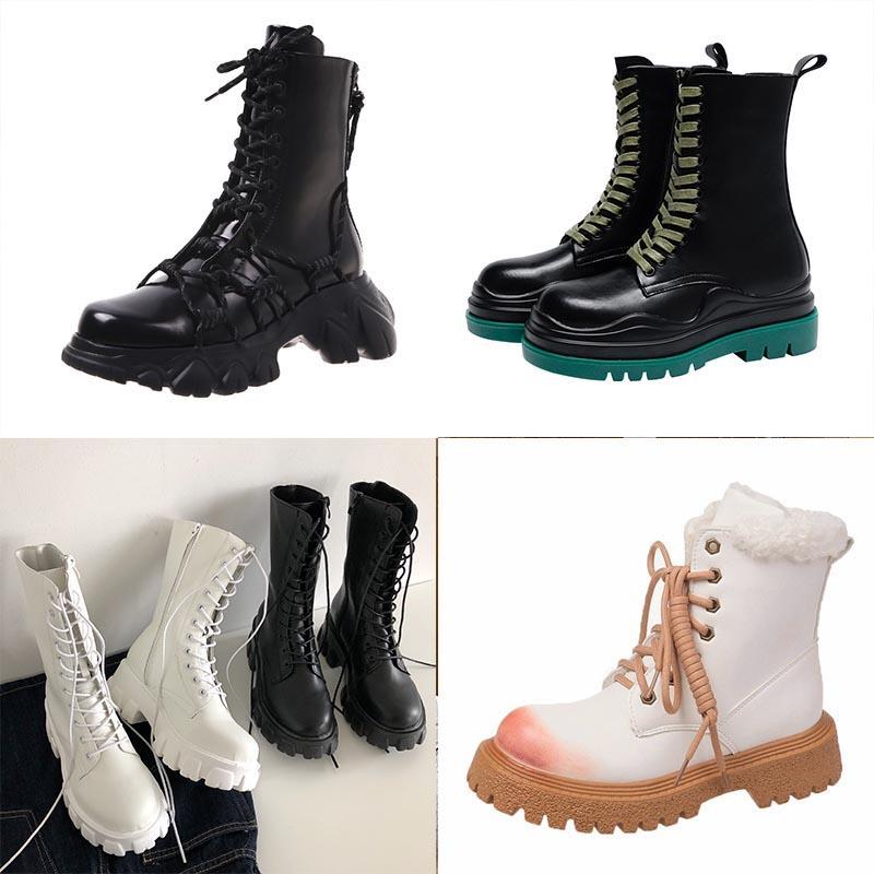 أسود أبيض أزياء جلد مارتن الأحذية النسائية الكاحل نصف دراجة نارية الأحذية زيادة المخملية سميكة للماء عدم الانزلاق حذاء الشتاء الدافئ