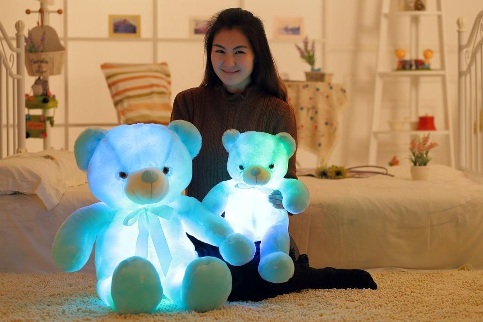 جودة عالية الكرتون لطيف الموسيقى مضيئة الشريط القوس التعادل الدب أفخم لعبة عيد الحب هدية عيد دمية دمية المدمج في أضواء led الملونة