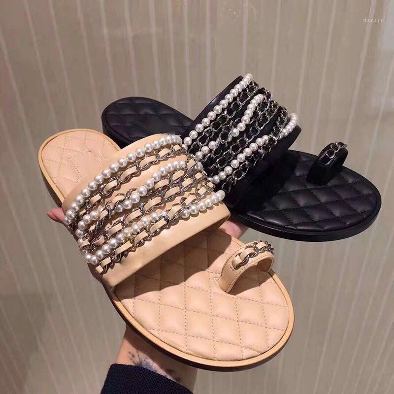 2019 verão novo chinelos para mulheres flip flip flops pérolas cadeia de metal aberto dedo slide deslizamento em sapatos macios plana Slipper1