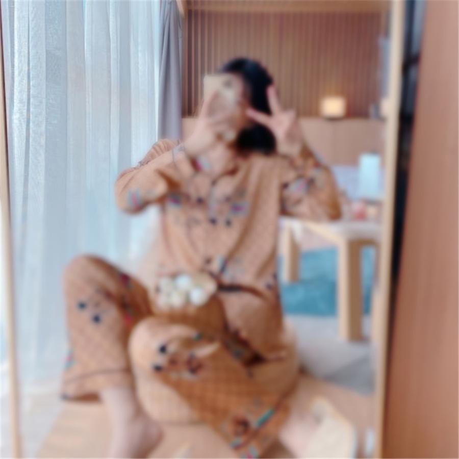 Home Wear Manches à manches longues Automne Hiver Pyjamas Ensembles Femmes Solid Solid 100% coton Vêtements de nuit Lounge Vêtements Intérieur Plus Taille 201109 # 7081111
