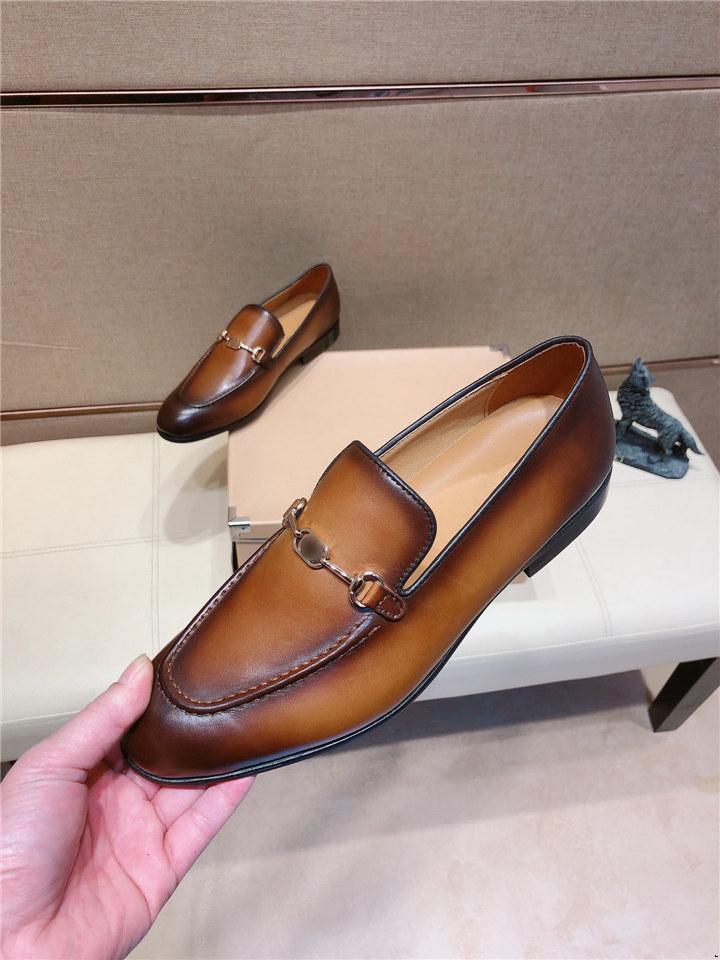 Marka Lüks Hakiki Patent Deri Erkekler Düğün Tasarımcısı Elbise Ayakkabı ile Papyon Erkekler Ziyafet Parti Örgün Loafer'lar