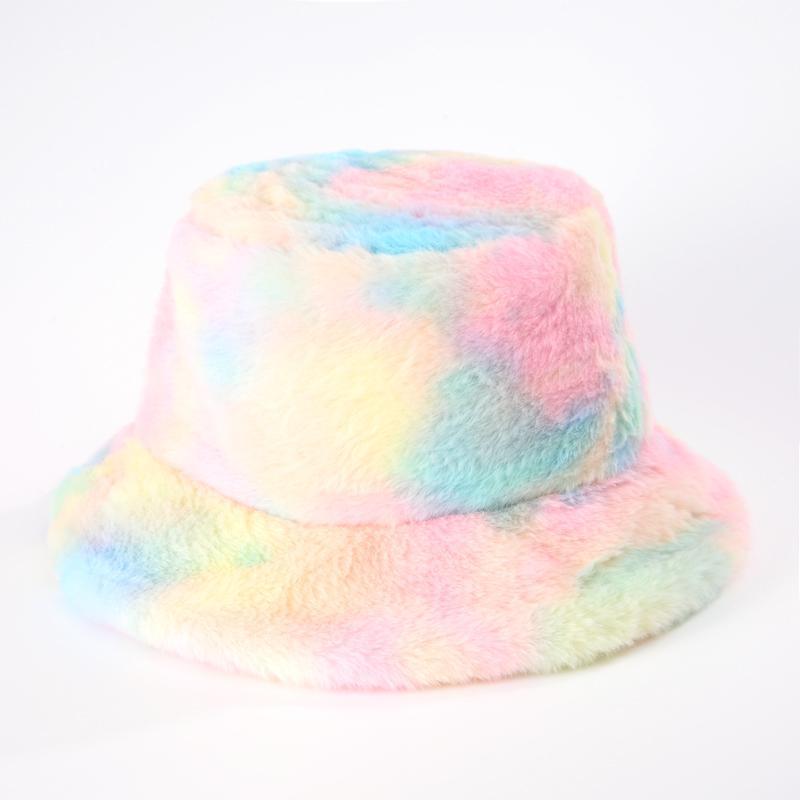 Seau en fausse fourrure d'hiver Hat pour les femmes de mode des filles arc-en-douce et chaude Pêche Cap d'extérieur vacances Chapeau Lady Tie Dye Panama 201009
