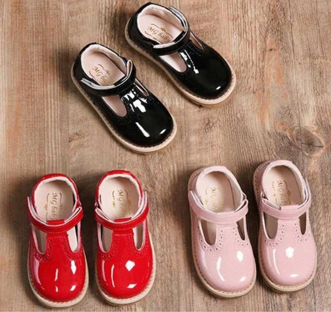 2020 principessa Shoes For Girls School scarpe di cuoio rosso Rosa Nero bambini del vestito da partito piatto bambine bambino casual UIEN #