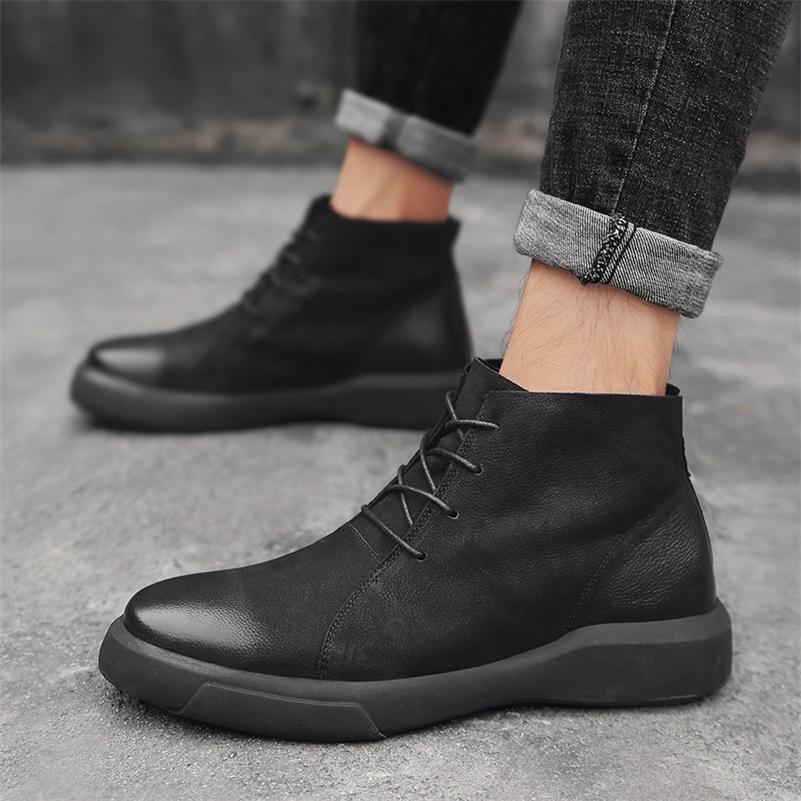 Мужские ботинки зима с мехом 2020 кожаные повседневные туфли мужчины теплые снежные сапоги мужские резиновые лодыжки пешком ботас гомбе плюс размер 47 lj201023
