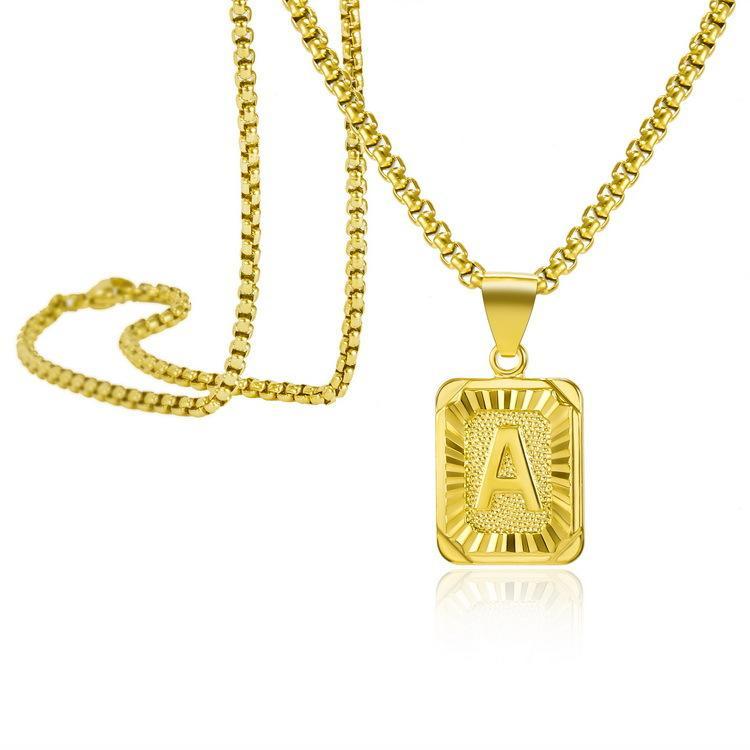 Personnalité A-Z 26 Initiales Pendentif Lettre Collier pour femme Hommes Gold Couleur Carré Alphabet Charm Box Chaîne Chaîne Couple BFF Bijoux