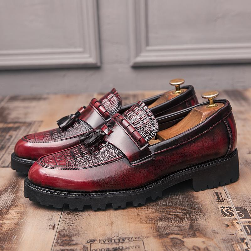 Остроконечных Toe Формальной обувь Люди Oxfords Весна Мужчина Италия платье обувь Бизнес Свадьба Для Мужских Больших размеров