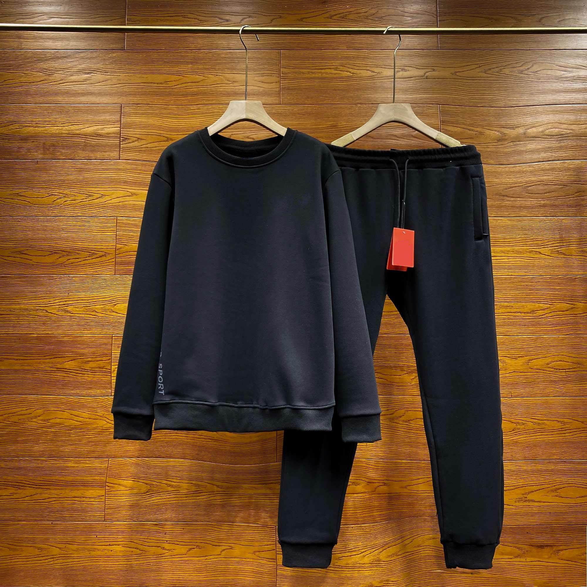 2 Parça Kazak Pantolon 20 SS Mens Eşofman Tasarımcısı Spor Koşu Seti Rahat Yüksek Kalite Yan Ekose Elastik Kış Artı Kadife Takım Elbise