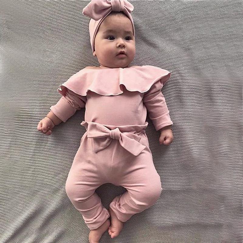 Bebek Kız Giysileri Set Yenidoğan Bebek Fırfır Katı Romper Bodysuit Yay Pantolon Kıyafetler Bebek Yeni Doğan Kıyafetler Çocuk Giyim 2582 Q2