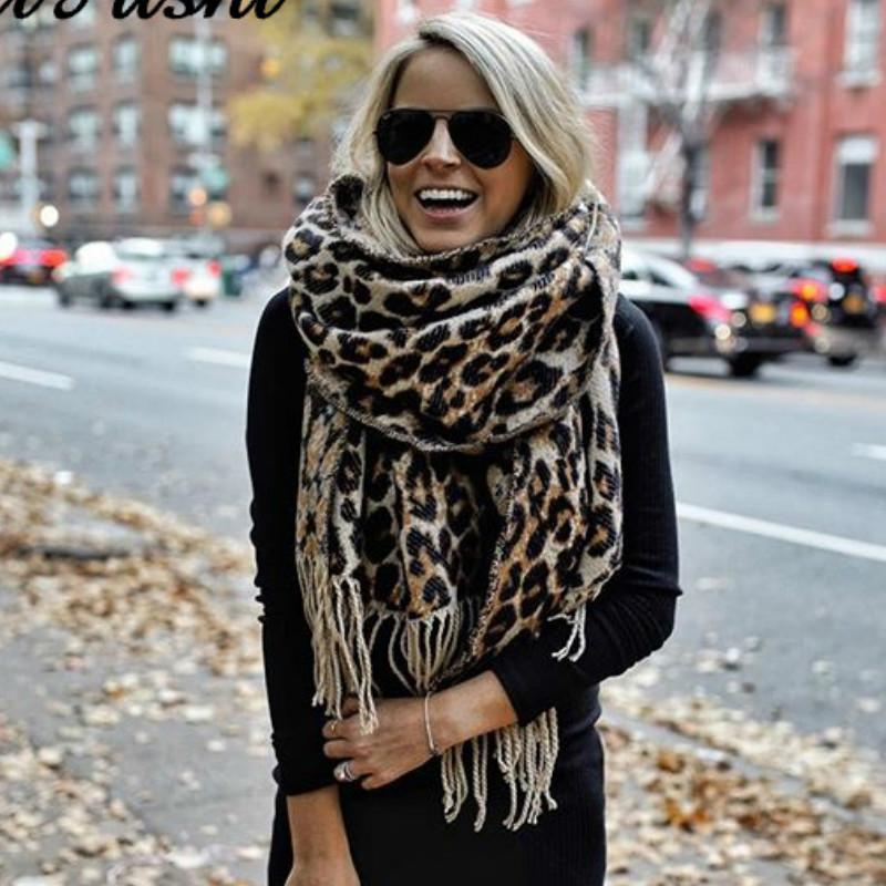 Brown Poncho Leopard Femme Inverno Coperta Sciarpa Calda morbida cashmere Addensare Long Ladies Tassel Sciarpe Donne 2020 Poncho Foulard LJ200915