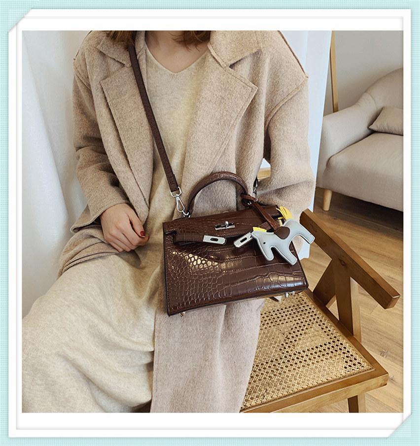 Cheap мода вечерние сумки роскошные сумки женские сумки дизайнер женские женские сумка 2021 новая сумка сумка знаменитый бренд подлинный