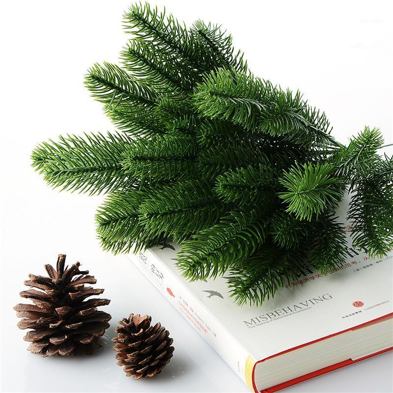 10pcs fleur artificielle Fausse plantes vertes Pin branche d'arbre de Noël pour décorations de fête de Noël Ornements d'arbre de Noël P201