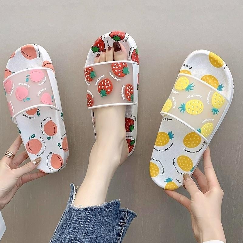 Pantoufles d'été Femmes Chaussures Dessin animé Fruit Fruit Ananas Peach Filles Filles Mesdames Confortable Flip Flops Plage Sandales Y201026