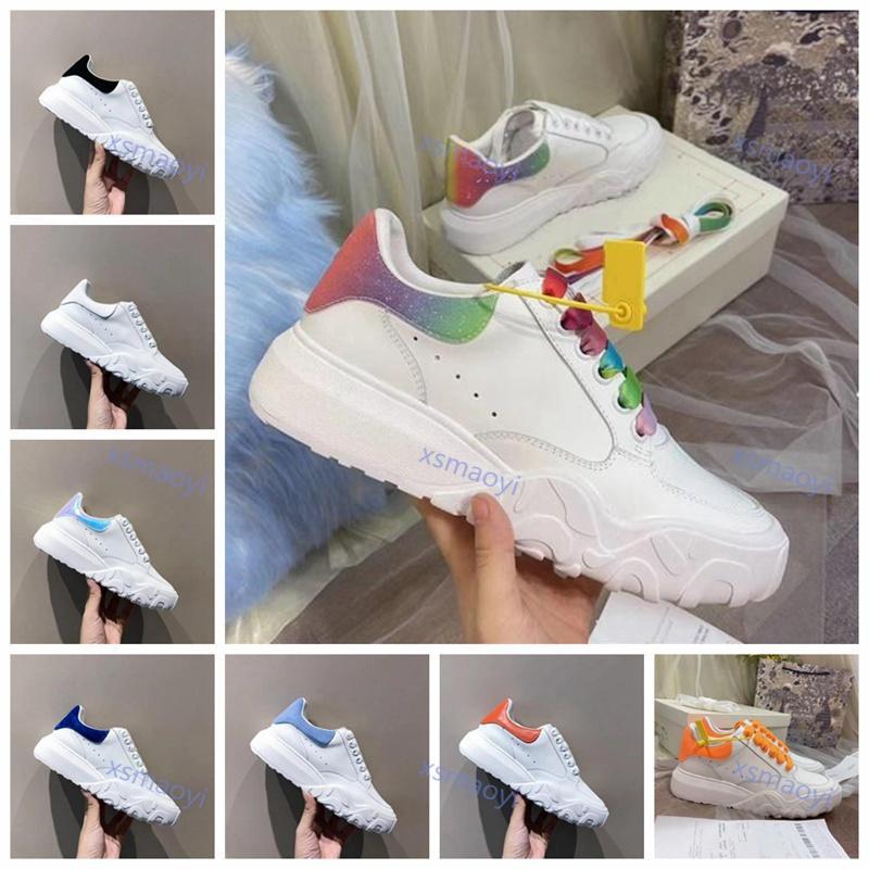 2020 Progettista Sapatos Mulheres Oversized 35-40 Tribunais Treinadores Calfskin Lace-Up Plataforma Treinadores Corredor Casual Sapatos Vestido Festa Sapato Sem Caixa