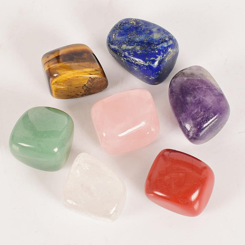 Irregolare cristallo naturale Pietre Chakra Jade 7pcs colorato Set Yoga cristalli energia di guarigione Piccoli accessori della decorazione della casa 6 5DY M2