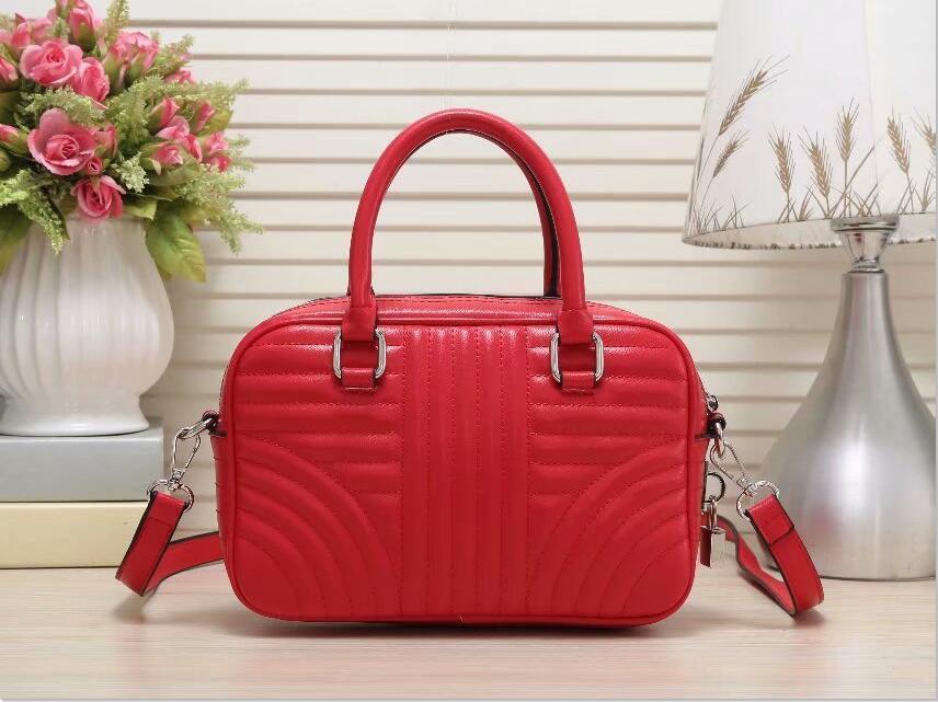 2021 أعلى جودة p65 المرأة حقائب الكتف المرأة العمل الأعمال حقيبة الأعمال حقائب اليد حقيبة مستحضرات التجميل يمكن نقل