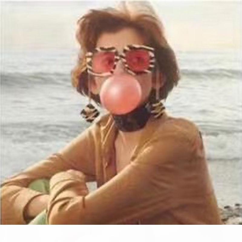 Mode classique 0722S Lunettes Polycarbonate Feuille de polycarbonate Cadre rectangulaire 0722 Lunettes de soleil Men et Femmes Sunglasses avec boîte originale