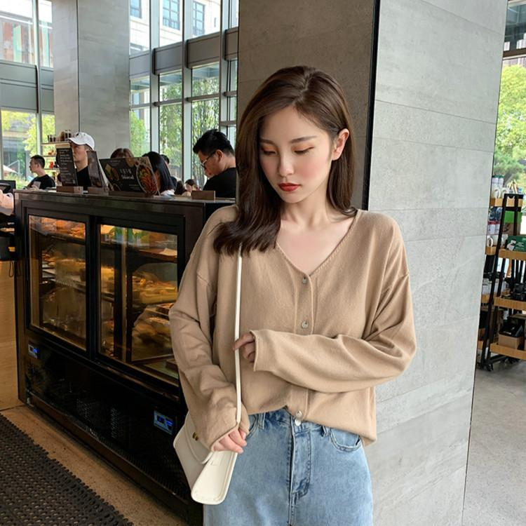 Puntos para mujer Tees Color sólido coreano Cuello en V Cuello de punto Cardigan Mujeres All-Party Temperamen de manga larga de un solo pecho