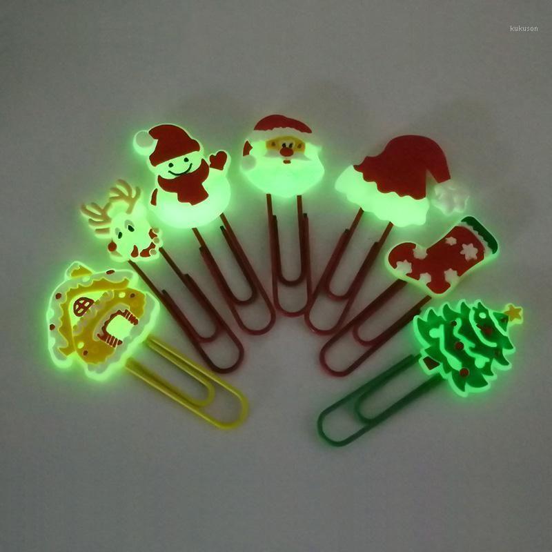 1pcs Christmas Christmas Bookmarks PVC Lumineux Papier Papiers Panneaux School Papetery Office Supply Student Enseignant cadeau1