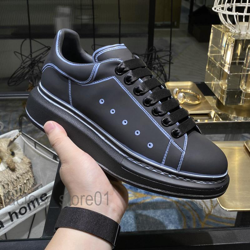 2021 nuovi pattini degli uomini della piattaforma delle donne di modo piatto verniciato Linea Graffiti casuale delle scarpe da tennis di 3M riflettente bianco donna scarpe Chaussures pelle