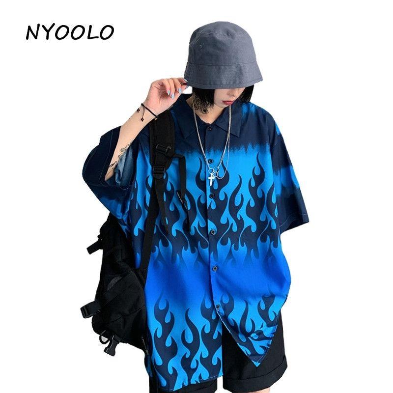 Nyoleo المتناثرة نمط الأزرق لهب فضفاض صديقها قميص الصيف الشارع الشهير قصيرة الأكمام سترة قميص المرأة الرجال الملابس Y200402