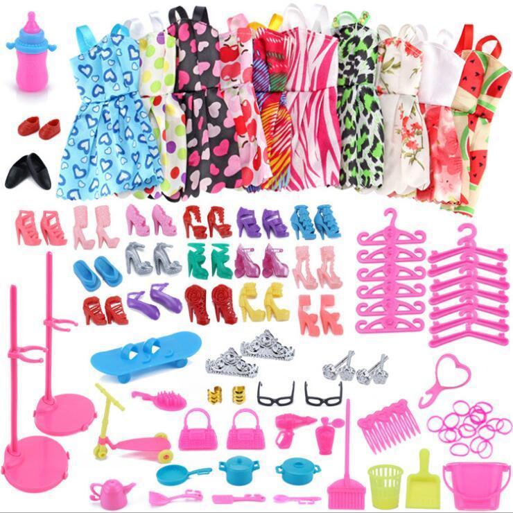 83pcs / set bolso zapatos vestido de moda accesorios accesorios de vestir ropa de vestir juegos de juguetes para niños DIY Muebles Ropa para Barbie 1011