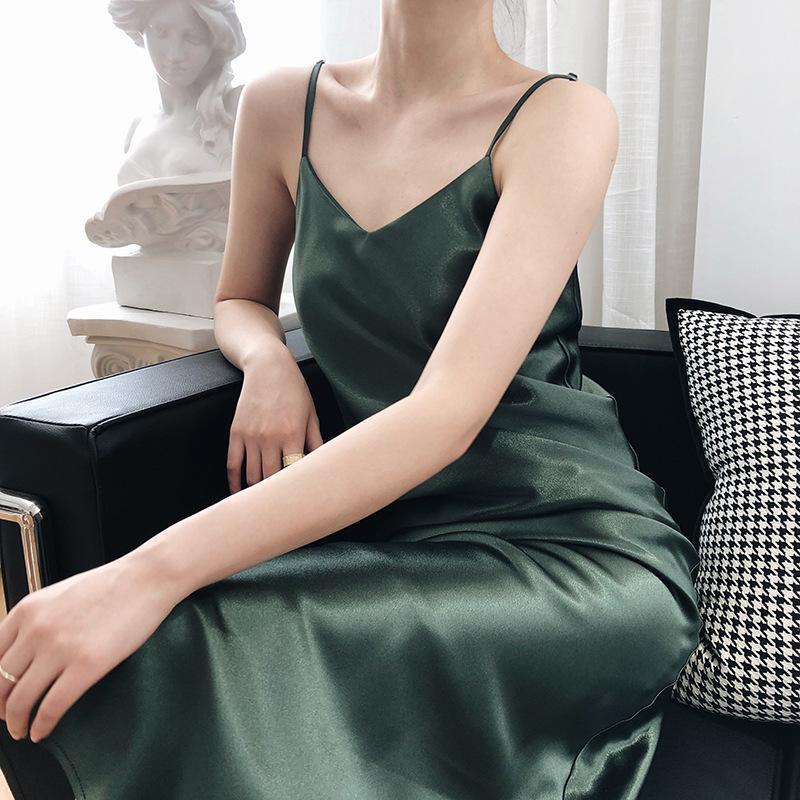 Casual Sukienki Satin V-Neck Sling Sukienka Sexy Light Gotowane Ryba Ogon Baza Długie Francuski