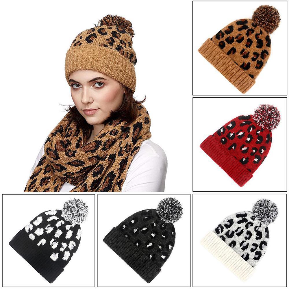 5 colores gorro de piel de las mujeres de invierno de punto Beanie leopardo Poms bola de ganchillo sombreros Skully Warm Caps de esquí de moda grueso y suave