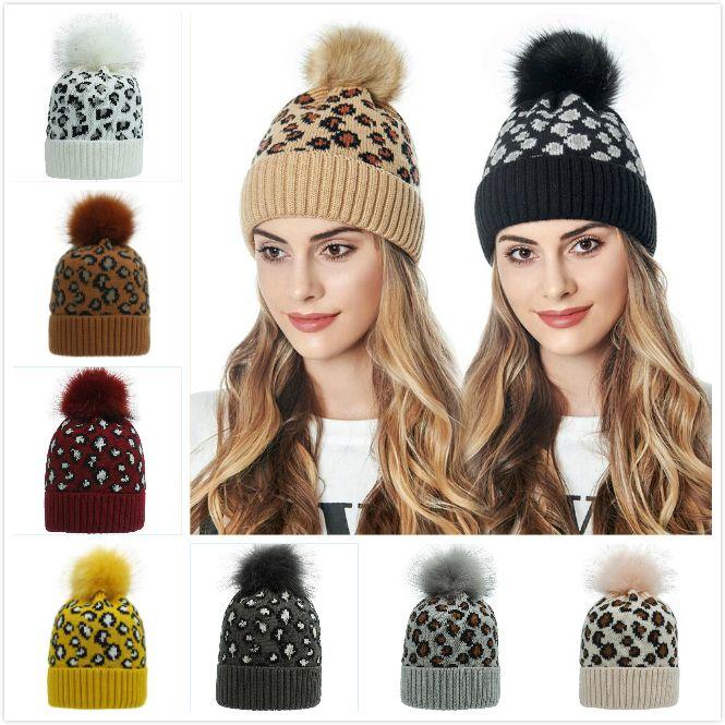 Leopardo sombrero hecho de Pom Pom piel bola Gorros mujeres caliente del invierno de punto de lana sombrero al aire libre Mantener caliente Beanie Caps grupo de viaje Sombreros OA7