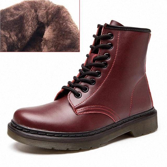 Botas para mujer 2020 Nuevos botines de cuero genuino para Martin Mujeres Invierno Zapatos planos Botas Mujeres Mujeres Grandes Tamaño 35-44 # OU5U