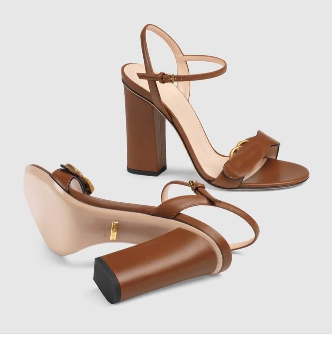 2020 Горячие Продажи Luxurys Дизайнеры Сандалии Женские Обувь Новая Мода Высокие Коренастые каблуки Черные Мягкие Кожаные Замшевые Сандалии Девушки Большой Размер 42 10US