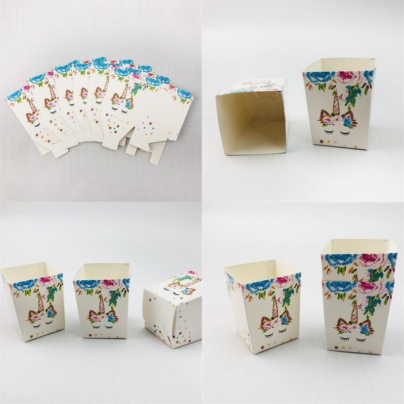 Scatola di caramelle unicorno Cartoon Stampa Stampa Colorata Popcorn Boxes Bianco Festival Wrap Small Snacks Case Carta Nuovo Arrivo 3JW L1