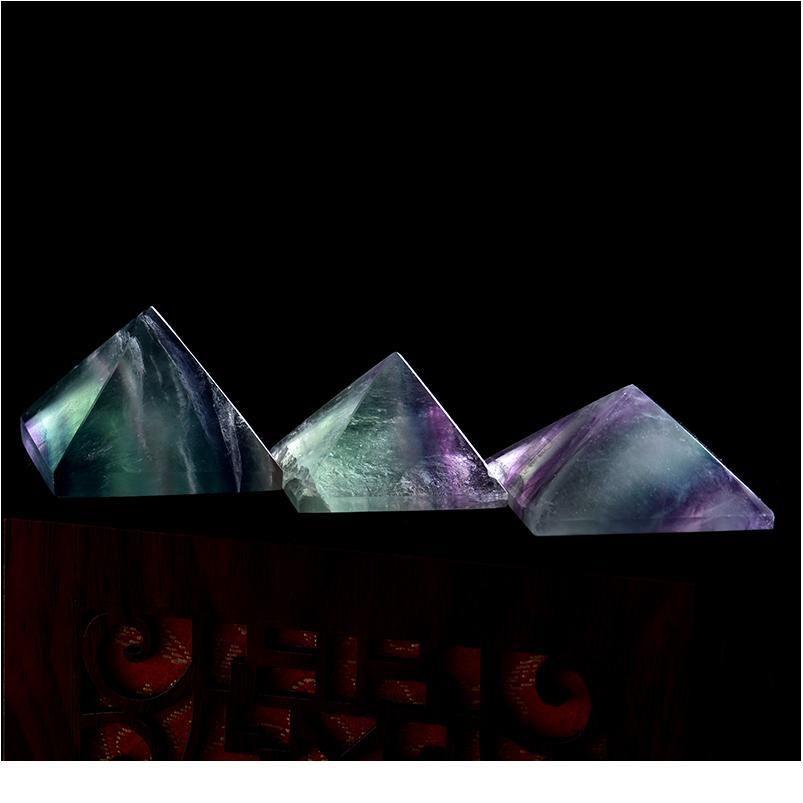 1pc fluorite naturel pyramide pyramide cristal cicatrisant cristal pierre naturelle cadeau minéral maison étude décoration libre QYLKFA