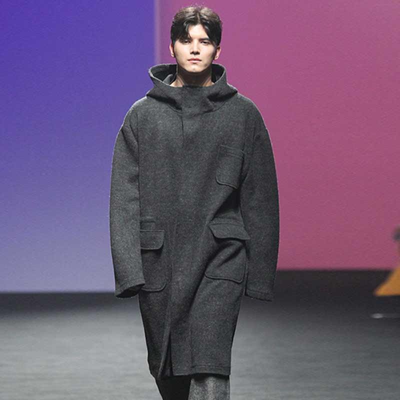 otoño capa de los hombres y el invierno nueva flojo ocasional gris jóvenes encapuchados sencilla capa de lana larga