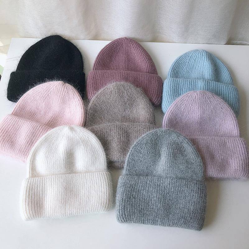 2020 automne haut de gamme et un chapeau hiver chaud femme d'hiver chapeau tricoté fourrure de laine Angora version coréenne sauvage couleur pure