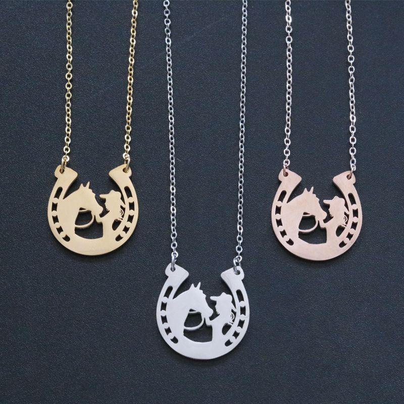 Heißer Verkauf Mode Einfache Frauen Pferd Mädchen Schlüsselbild Kette Edelstahl Hufeisenanhänger Halskette