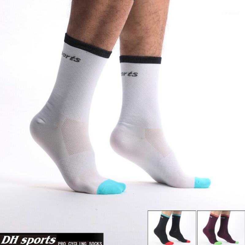 2020 Новые велосипедные носки Мужчины Женщины Профессиональные Дышащие спортивные велосипеды Носки высшего качества Износостойкие Дезодорант1