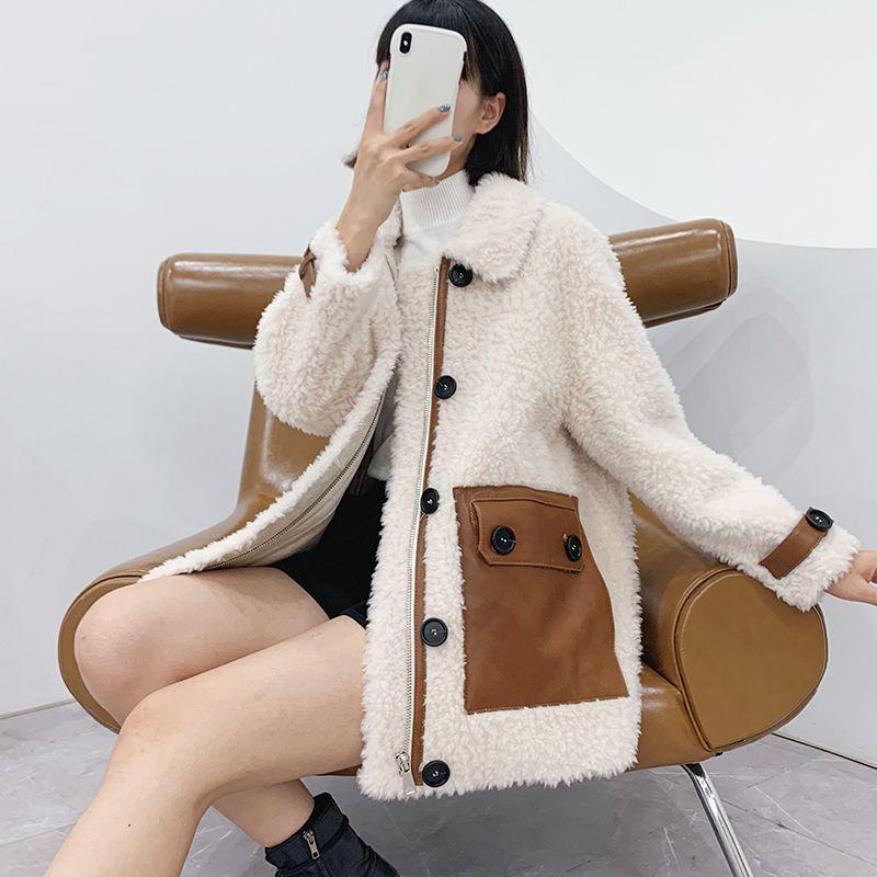 Las mujeres 2020 de invierno casual genuino Escudo piel del cordero de Nueva Mujer floja solo pecho chaqueta de las señoras Esquilar ropa exterior W176