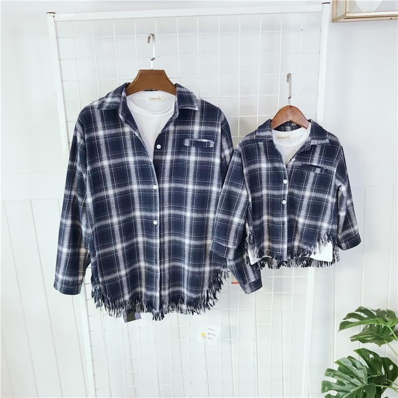 Ropa de combinación familiar Madre hija Familia Familia Impresa de manga larga camisa otoño primavera algodón bebé familia ropa 201104
