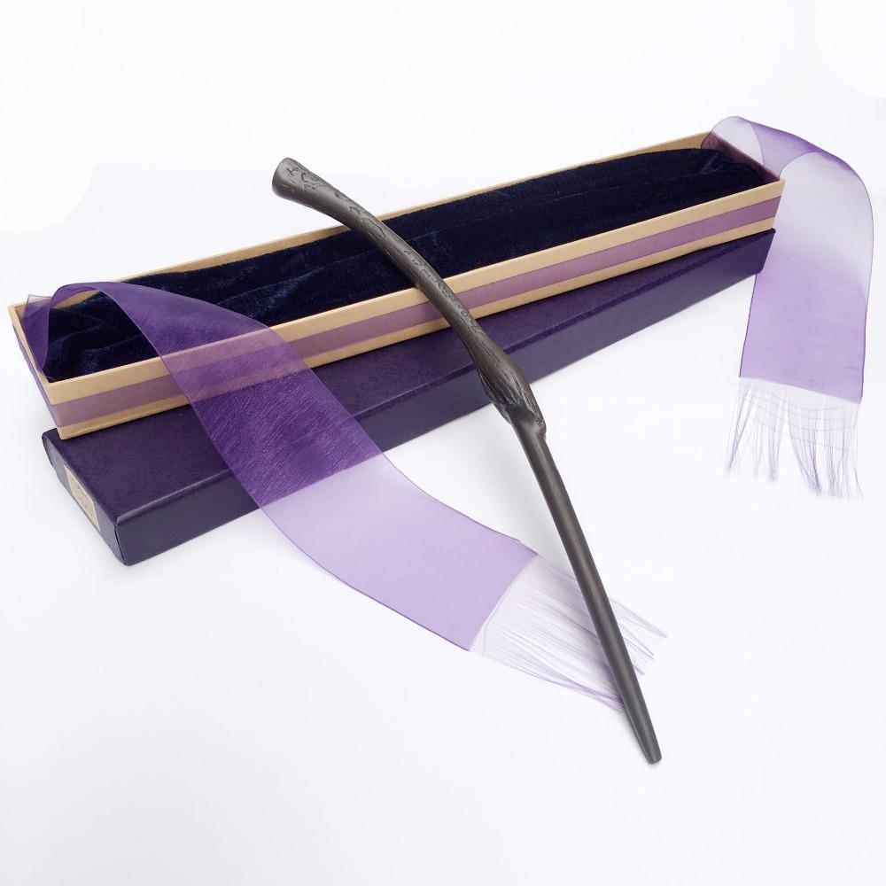 Nuevo llega Metal / Iron Core Bellatrix Lestrange Magic Wand / Harry Magical Wand / Elegant Ribbon Caja de regalo Embalaje 1020