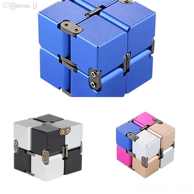 C7NRA Magic Cubes Cube Nouveau Puzzle Enfants Troisième métal Infinite Cube Infinite Alliage d'aluminium Alliage XM Intelligence Decompression de Couberubik