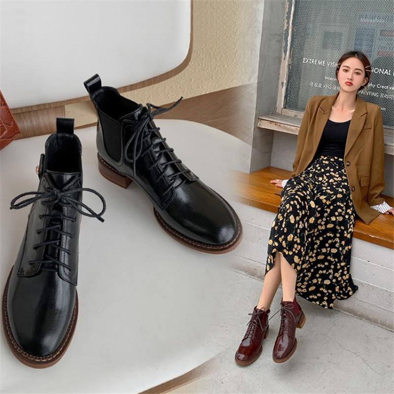 Botas das mulheres da primavera com o dedo do pé redondo Lace-up salto robusto Retro Botas elásticas confortáveis tamanho 34-40 Item No.S131