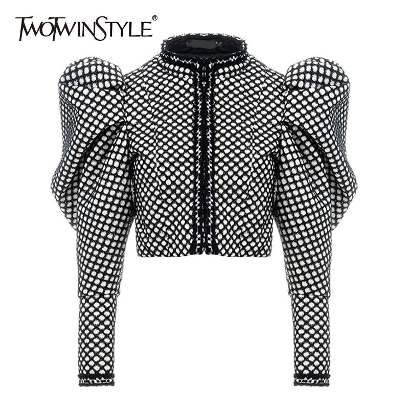 TWOTWINSTYLE Ruched Plaid Coat For Women O Neck Puff Sleeve Short Female Coat Streetwear Autumn Fashion New Clothing 201017